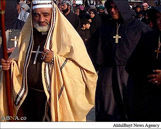 یک کشیش مسیحی در پیاده روی اربعین
