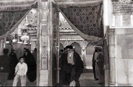 جایگاه شعائر مذهبی در حرکت احیاء دینی روح اله خمینی
